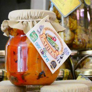 Bocal de poivrons avec son étiquette